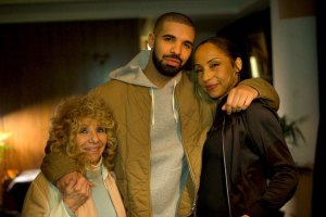 Drake with Sade and his mother