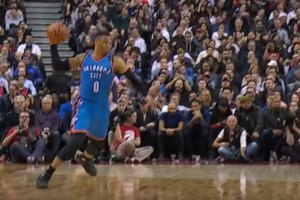 Watch Russell Westbrook's Amazing Between The Legs Pass
