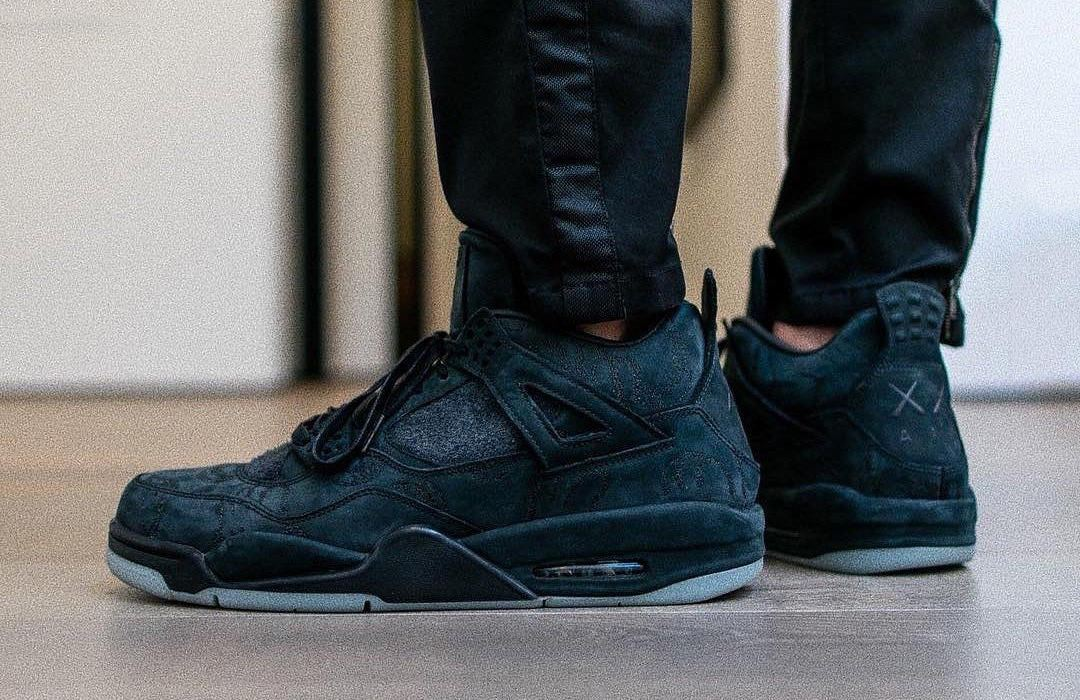 KAWS x Air Jordan 4 Friends & Family