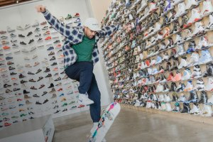 Eric Koston x Sneaker Shopping