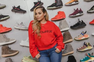Watch Lauren London Go Sneaker Shopping in LA