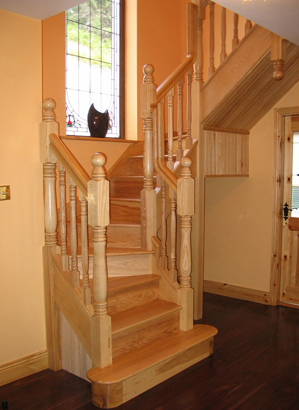 Ash-stairs-ballingearyjoinery.ie2.JPG-1.jpg