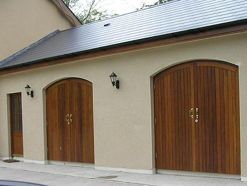 Garage Door 132