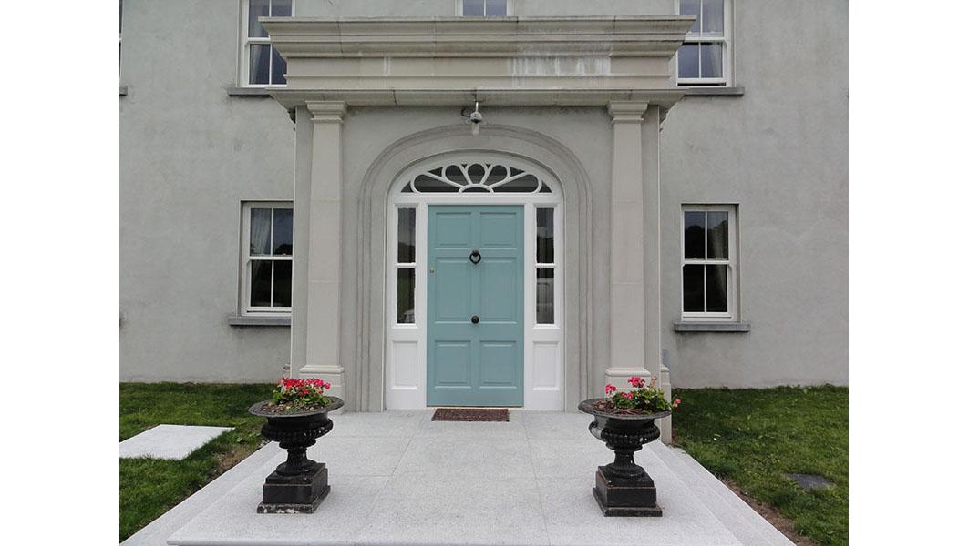 Georgian Door 121