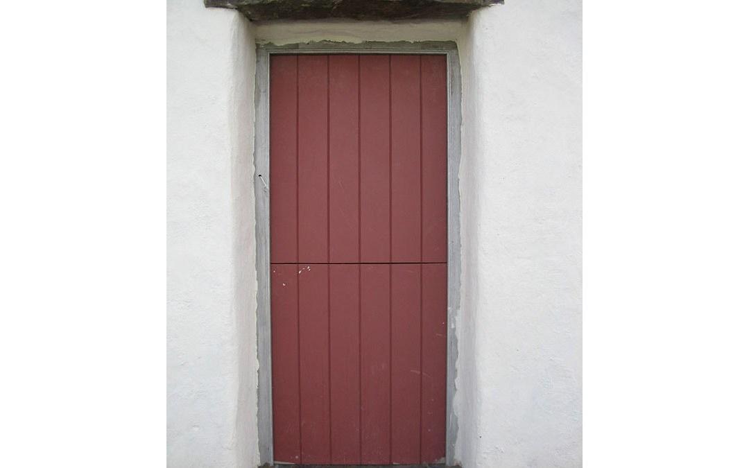 Red Door 127