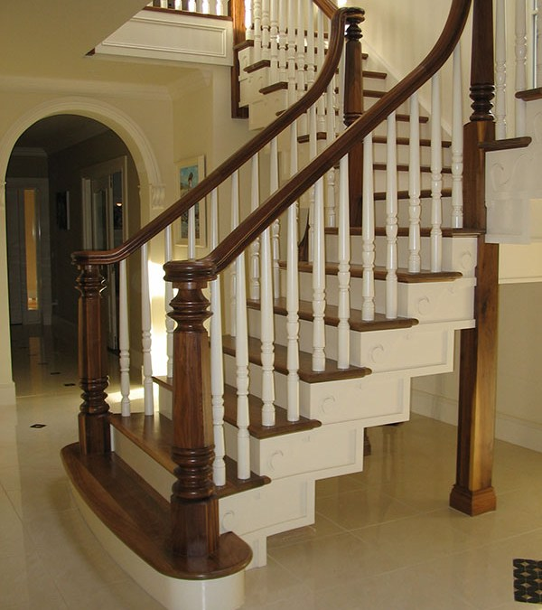 Walnut stairs 118