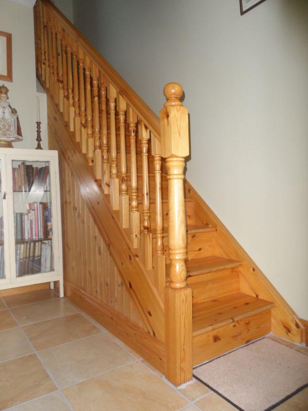 Pine-stairs-ballingearyjoinery.ie1.JPG