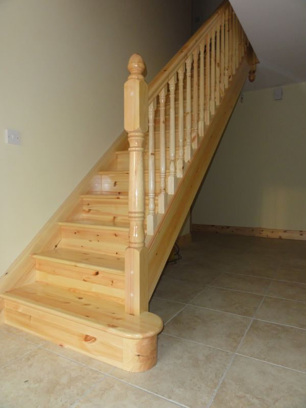 Traditional Pine Stairs 141