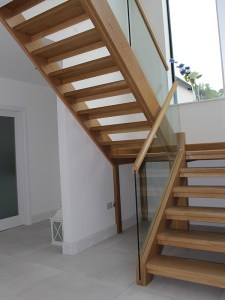 oak stairs with glass balustrade open tread