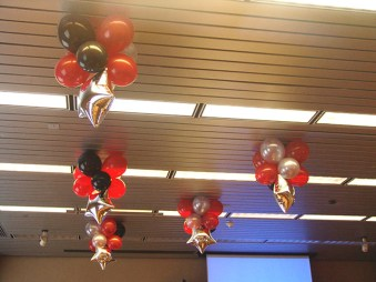 balloon-ceiling-decorations