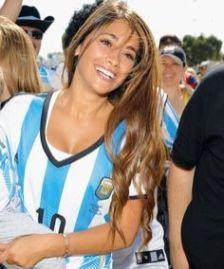 Antonella Roccuzzo Messi Frau 6