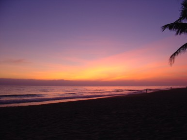 Sunrise at Hoi An beach.