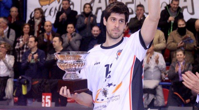 Eloy Almazán seguirá una temporada más en Melilla