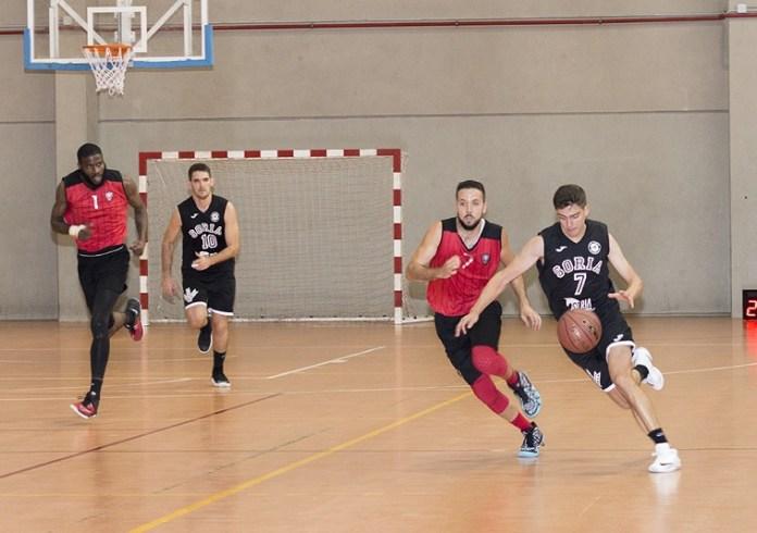 Imagen del encuentro. Fotos cortesía de AFOMIC y Baloncesto Soria