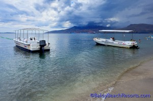 A photo of dive boats at Johan's Subic Dive Center in Baloy Beach