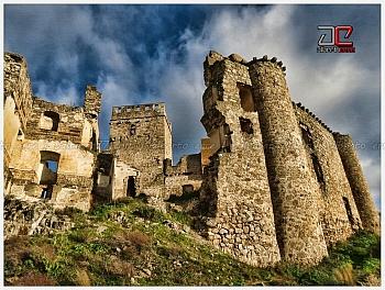 castillo abandonado caceres