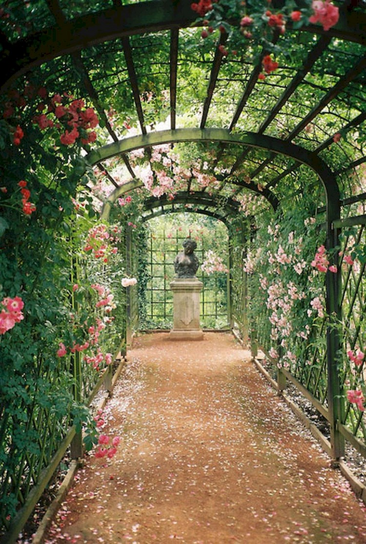 100+ DIY Romantic Backyard Garden Ideas on A Budget on Diy Back Garden Ideas  id=31018