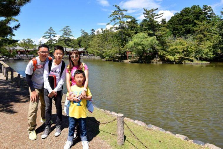 Pond in front of Todaiji, Nara