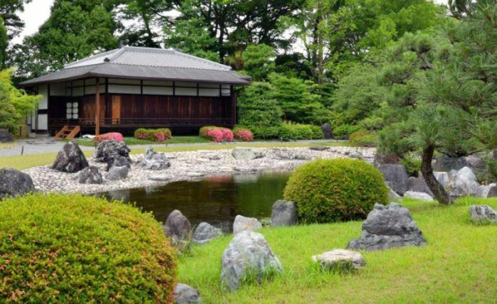 Japanese styled garden/pond, Nijo Castle @2015
