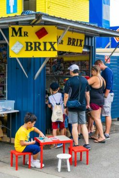 Stall selling toys in Carrara Markets.