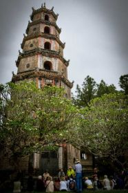 Built in 1601, Thiên Mụ Pagoda has seven stories and is the tallest religious building in Vietnam.