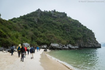 Visitors embarking on hike to summit of Monkey Island, Lan Ha Bay (Vietnam)