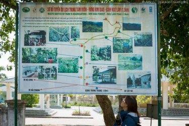 Hiking trail to Ngu Lam Peak, Cat Ba National Park (Vietnam)