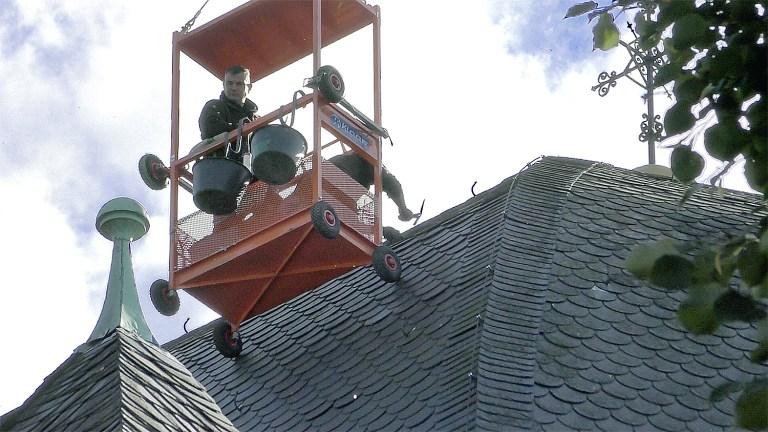 Arbeiten in luftiger Höhe an Blasius-Kuppel