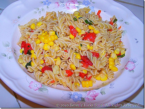 Fusilli, corn & pepper