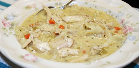 Savory Slow Cooker Chicken and Dumplings