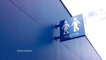toilet-a-legoland_med_hr