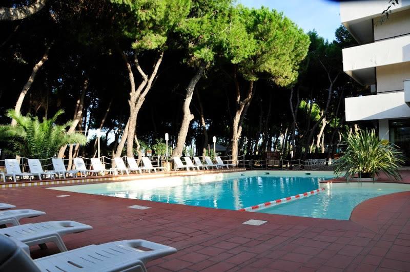 piscina hotel famiglie in abruzzo