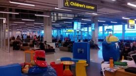 corner-bambini-aereoporto_med