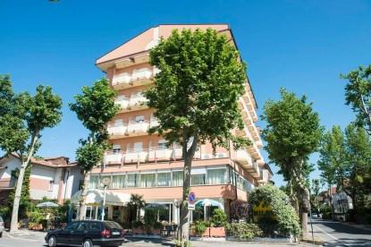 family-hotel-a-cesenatico_med_hr