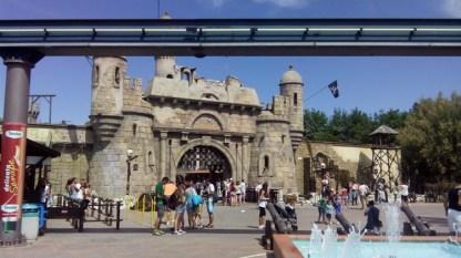 ingresso-parco-divertimenti_med