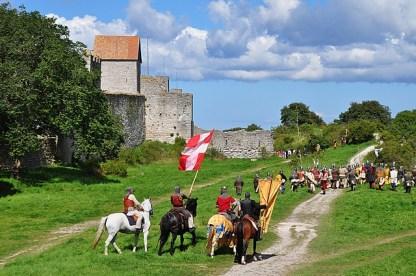 la-festa-medioevale-in_svezia gotland