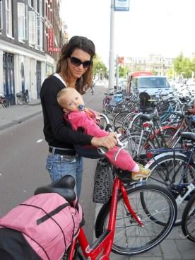 amsterdam-bici-seggiolino_med_hr