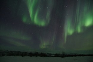 northern-lights-225442_640