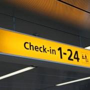 Viaggiare in aereo: le differenze tra low cost e voli di linea