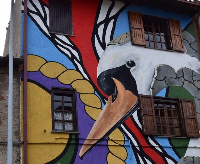 Sant'angelo i murales ispirati alle fiabe