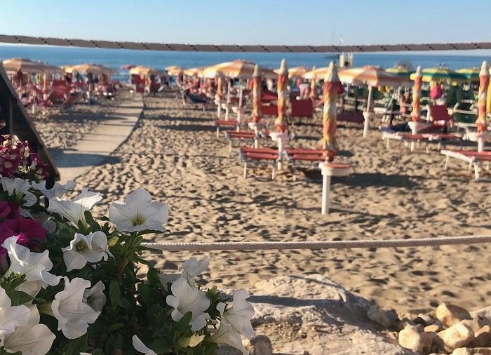 Spiaggia nella baia di Peschici