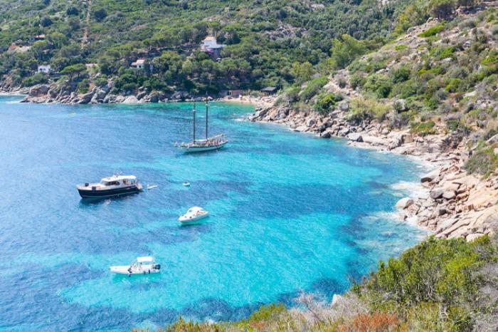 Le isole toscane: L'Isola del Gilglio. Mare e relax per tutta la famiglia