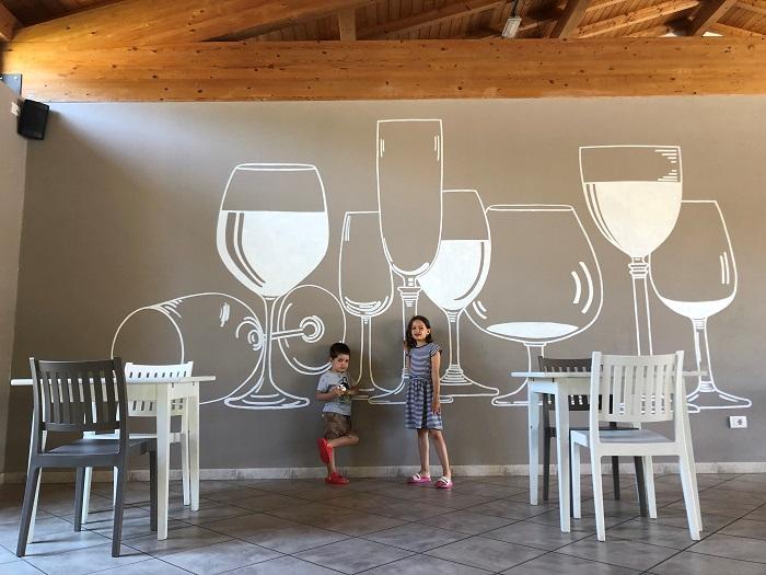 La zona ristorante, elegante e moderna del golfo degli etruschi