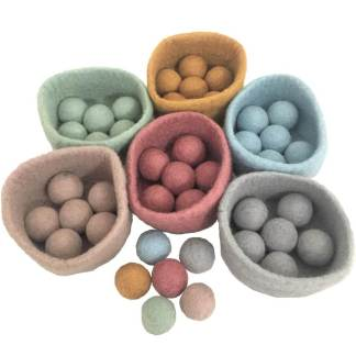 papoose felt earth balls and bowls 0+