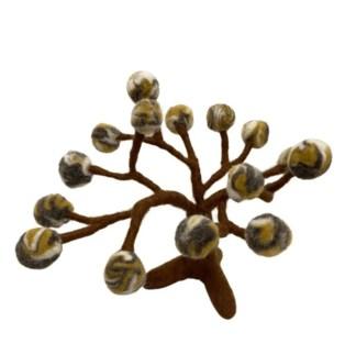 winter pom pom felt tree