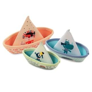 bath boats , cone water play