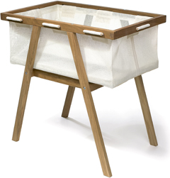 Oak bassinet with white fabric by Seimi