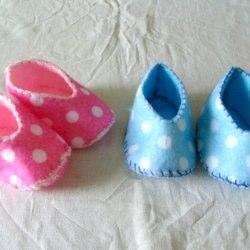 gemini crafts felt baby shoes