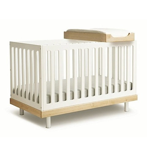 Classic Convertible bed from 0 to 6 years old by oeuf NTC