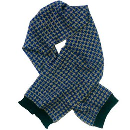 Quincy dogtooth scarf